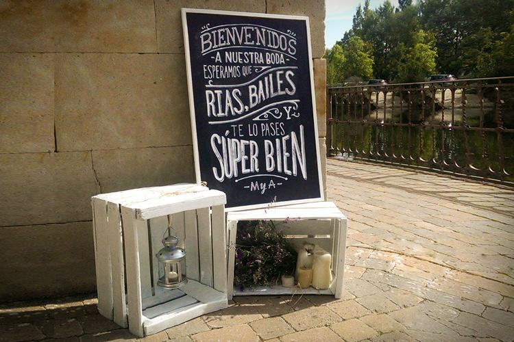 Invitaciones-boda-rustico-clasica-morado-flores-08