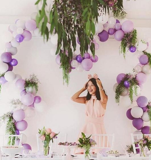 arco de flores y globos