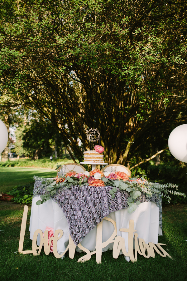 Ruffled - photo by Joe and Kathrina Photography http://ruffledblog.com/romantic-peach-wedding-at-la-arboretum