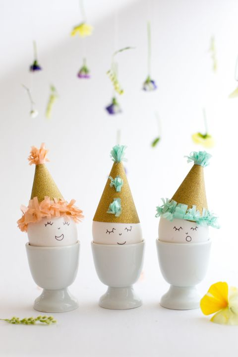 gallery-1456424110-party-hat-easter-egg-diy-7088