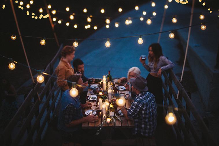 itparty - cena en una caminioneta