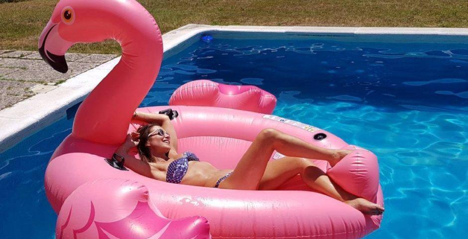 Los flotadores m s divertidos para la mejor fiesta en la for Flotadores para piscina
