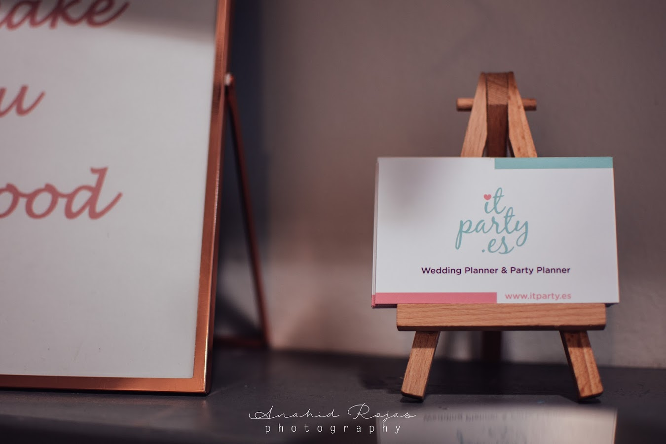 tarjeta visita it party
