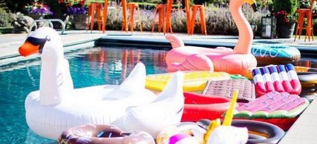 Cumpleaños en la piscina para niños