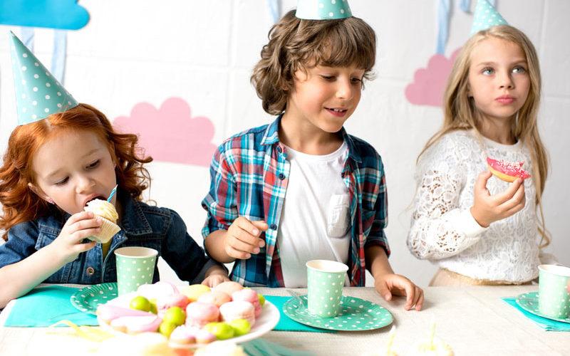 Cómo organizar las cantidades y raciones para una fiesta infantil
